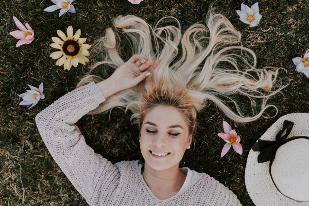 donna prato fiori